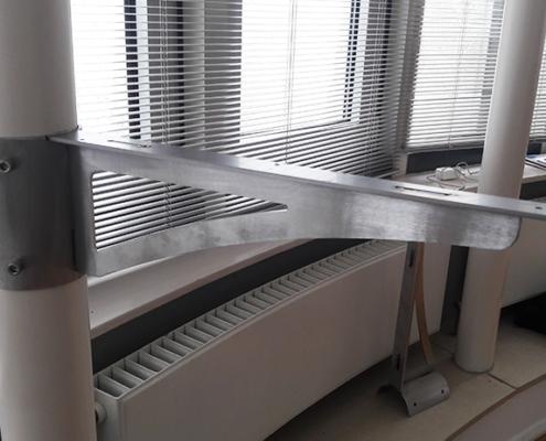 bureau laten maken op maat gemaakt metaal hout staal metaalbewerking staalbewerking vlastech