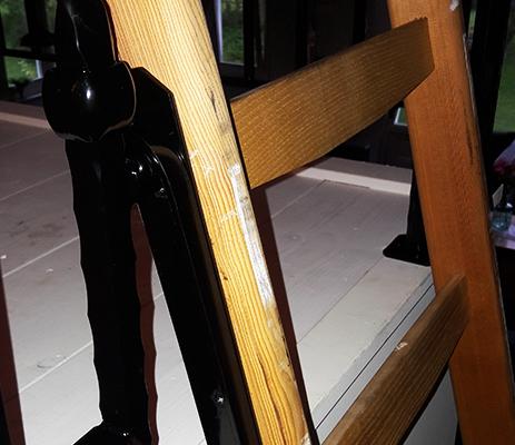 hek laten maken bovenverdieping verdiepingshek tweede verdieping hal overloop staal metaal zwarte poedercoating metaalbewerking staalbewerking