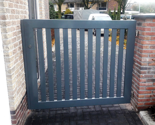 tuinpoort laten maken metaal staal tuin poort metaalbewerkingsbedrijf metaalbewerking